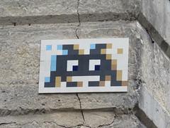 Space Invader PA_331 (tofz4u) Tags: 75004 paris streetart artderue invader spaceinvader spaceinvaders mosaïque mosaic tile reactivated restauré pa331