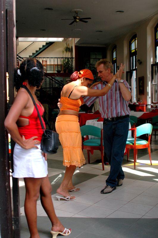 Cuba: fotos del acontecer diario 1577888018_f917c9baa2_o