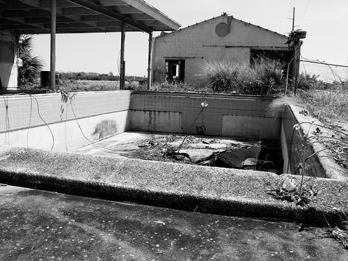 texas chainsaw massacre pool