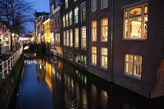 Delft by night (Pawel Boguslawski) Tags: bridge house netherlands dutch night canon lights canal delft 40d scenicsnotjustlandscapes