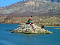 Hanna Lake, Quetta. (Commoner28th) Tags: life pakistan people mountain lake afghanistan travelling tourism nature water beautiful boat scenery colorful hanna place iran hills hut sight visiting ahmed bolan chaman csa agha quetta waseem commoner sibi baluchistan kommoner commoner28th