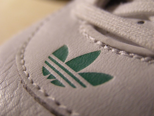 0a7e36b7a01 white macro green originals adidas goodyear threestripes drivingshoes  racerlow. Adi Racer Low GoodYear