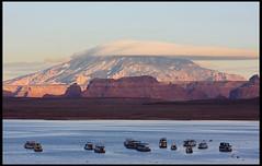 Lake Powell, Sunset (rickz) Tags: travel sunset arizona cloud mountain lake color landscape harbor boat utah ut az roadtrip page powerplant lakepowell 2007 glencanyon grandcircle wahweapmarina wahweapbay gcrt2007d8