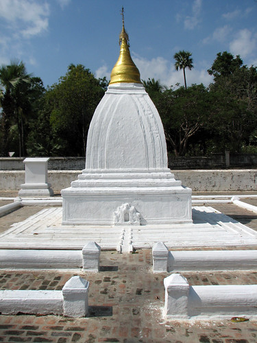 myanmar_mandalay_migun_0004