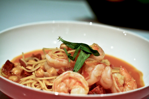 fideos with shrimp & chickpeas