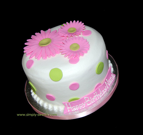 happy birthday cake pink. pink daisies irthday cake