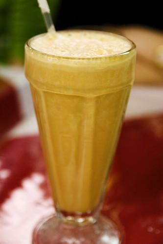 papaya shake, mmm!
