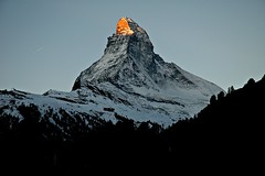 magic mountain (eyeflyer) Tags: snow mountains ice rock sunrise switzerland high zermatt matterhorn sunrays mywinners nikoniste goldstaraward eyeflyer visipix