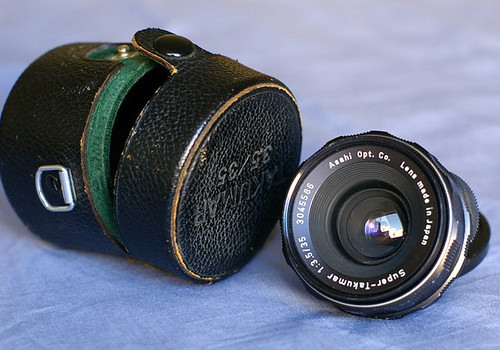 super takumar 35mm f/3.5 with case