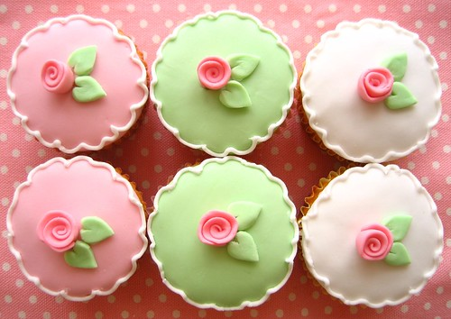 flower cupcakes 2582