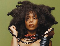 ERYKAH BADU HONEY prod by 9th Wonder