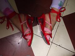 Ti(REd) sandals (joelv_ph) Tags: red sandals fujifinepix
