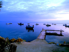 kaloxori  thessaloniki (evamathemat) Tags: blue sunset sea sky boats eva explore greece macedonia thessaloniki soe salonica ysplix kaloxori evamathemat