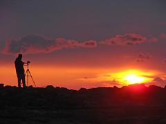 Hot shot (Mr Grimesdale) Tags: sun hot set fire shot sony sillouette shoottheshooter mrgrimsdale stevewallace dsch2 photofaceoffwinner pfogold mrgrimesdale