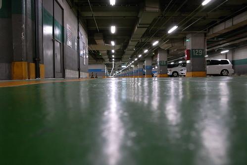 新宿サブナード駐車場3