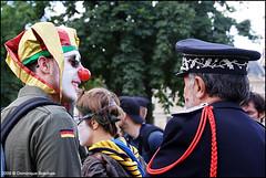 Défilé Militerre de la B.A.C. - 2009 (Dominique Brachais) Tags: paris france police clowns 2009 maquillage musique 14juillet défilé carrouseldulouvre clownsarmy brigadeactivistesdesclowns milliterre