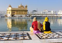 Amritsar, India - Golden Temple (GlobeTrotter 2000) Tags: world travel india lake heritage tourism temple gold golden worship visit unesco mausoleum marble sikh sahib punjab amritsar sikhism wonders goldentemple inde harmandir harmandirsahib darbar darbarsahib