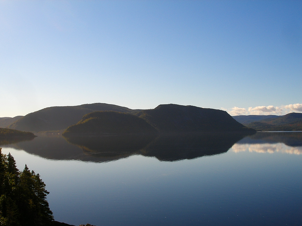 nfld15 gros morne morning.jpg
