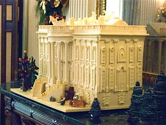 Gingerbread White House (State Dining Room, White House) (catface3) Tags: christmas decorations white architecture reflections reindeer mirror washingtondc baking dc tour whitehouse gingerbread icing santaclaus sleigh gumdrops presidentshouse edibleart toybear holidaytour catface3
