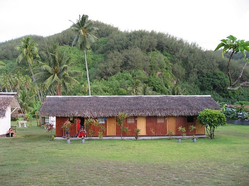 Dorm at Chez Nelson, Moorea