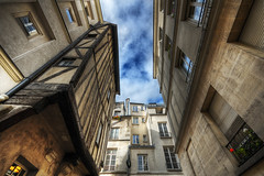 A stroll into the Medieval Paris HDR (David Giral | davidgiralphoto.com) Tags: old david paris france architecture downtown perspective sigma medieval capitale middle 1020mm ages hdr sigma1020mm giral sigma1020 5xp bestofr