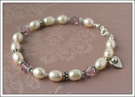 Freshwater pearl, crystal & silver bracelet