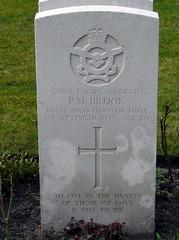 0063 Brook P.M. (golli43) Tags: berlin cemetery germany memorial soldiers westend charlottenburg wargraves secondworldwar britishsoldiers australiansoldiers heerstrasse alliedsoldiers