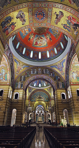 Cathedral Basilica of Saint Louis, in Saint Louis, Missouri, USA - tall view of nave