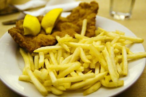 wiener schnitzel with fries
