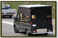 ups (ponte1112) Tags: auto cars schweiz nikon transport trucks zrich transporter d60 uster nikoncapturenx nikonnikkor70300mm