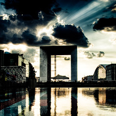 Cloud Killer (David Briard) Tags: light sun france reflection water fountain clouds square outside soleil eau pentax lumire sigma rays nuages reflexion extrieur fontaine iledefrance hdr ladfense rayons carr 1000views grandearche blueribbonwinner hautsdeseine 10faves explored 5ex 1770mmf2845dcmacro k10d pentaxk10d anawesomeshot aplusphoto diamondclassphotographer flickrdiamond allin1 overtheexcellence justpentax proudshopper goldstaraward theenchantedcarousel davidbriard