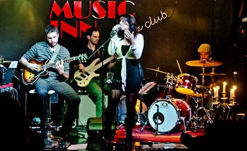 Sara Corbò  #cantautrice #singer #blues #soul #rb #gospel #jazz #fusion #live #musica #music #underground #dalvivo #sottosuolo #roma #rome #tibervalley   di Roberto Scorta 📷 ];)::\☮/>> http://www.elettrisonanti.net/galleria-fotografica/