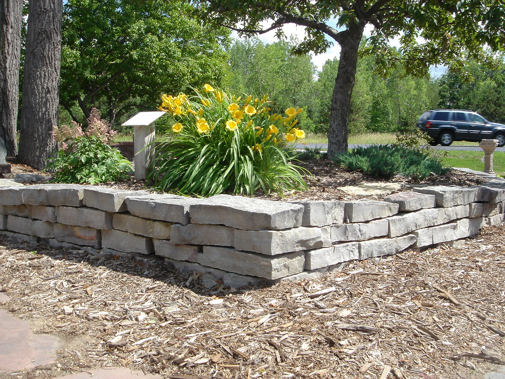 Natural Stone Wall (Patio Town) Tags: Stone Natural Oakdale Mn Patiotown  Patiotowncom