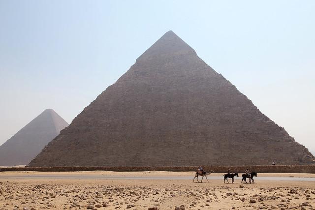 エジプト、カフラー王のピラミッド