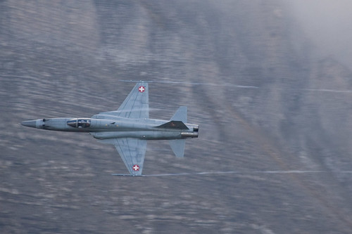Fighter airplane picture - Tiger F-5