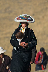 Mother & Baby (Poorfish) Tags: baby mother sichuan    shiqu   tangtibetancientroad zachukha sershulmonastery