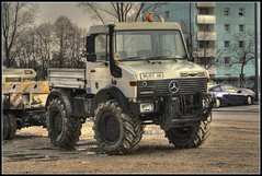 Mercedes Unimog HDR (zahn-i) Tags: auto white car truck mercedes big offroad 4x4 diesel pickup tire monaco tires explore dirt coche weiss hdr unimog dreck  reifen gelnde  munique gros ladeflche  nfz nutzfahrzeug zapfwelle theme2007inreview