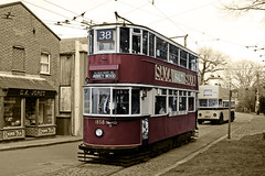 tram and trolley bus (Leo Reynolds) Tags: sepia photoshop canon cutout eos iso100 28mm f71 muted 30d 0ev 0008sec hpexif leol30random grouputata groupcutouts xratio32x groupsepialovers xleol30x