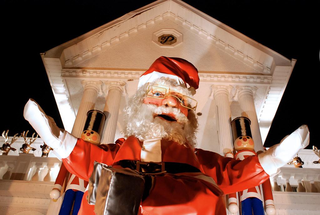 Giant Santa Hug