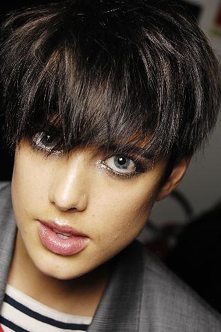 agyness deyn haircut. Agyness Deyn