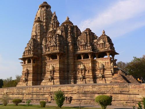 Khajuraho - Kandariya Mahadeva Temple - pov_steve