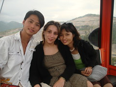 with aKhang, and Marie Ly! (UH FAMILY) Tags: trip family smile colourful nhatrang unun