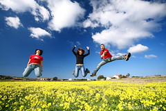Spring Jump! (LucaPicciau) Tags: sardegna friends primavera yellow happy freedom spring jump jumping mediterranean mediterraneo nuvole sardinia colours meadow sunny volo trio ci colori prato isola jumpin libert happyness allegria carloforte felicit sincronia salti colorato dpf balzo
