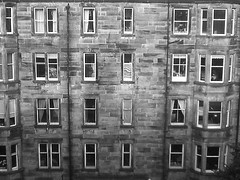 (4ilsa) Tags: houses homes blackandwhite bw scotland edinburgh flats guessed marchmont marchmontcrescent whereedin chrisdoniawon