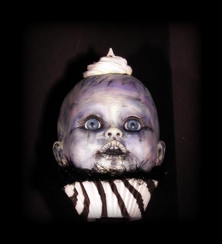 BABY MARACA Creepy Cupcake Kid