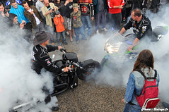 Double Burnout 1 (Lalogo.fr) Tags: motorcycles bikes burn burnout motorbikes motos brignais lalogothequecom valromichel lalogofr