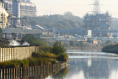 IMG_7823 (lepista) Tags: city morning mist sunrise river industrial weaver complex runcorn 20071020