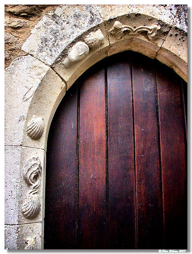 Lourinha_Ig_Castelo_Porta_lat