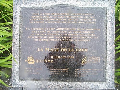 La plaque La place de la Gare