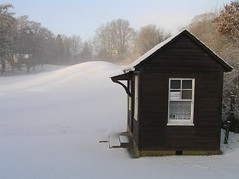 Pitlochry Putting Green Shed (Gordon Haws) Tags: winter snow green highlands perthshire putting pitlochry perthandkinross pitlochryseasons pitlochryputtinggreen